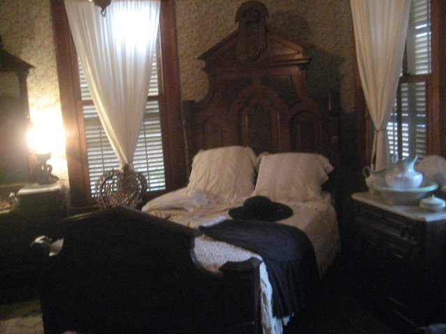 Bedroom in the O. Henry house, Austin