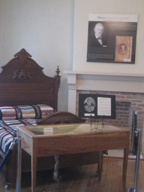 Dickinson Hannig museum, Austin