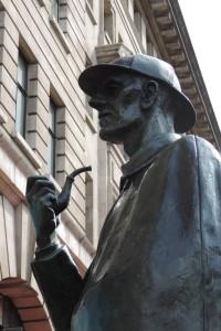 Sherlock Holmes statute, outside Baker Street tube station