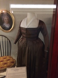 Martha Washingon's dress, Walt Disney World, Hall of Presidents